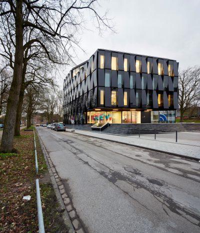 NEW Blauhaus